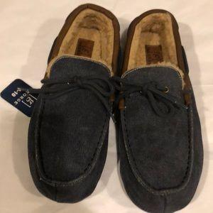 Slippers mens new size 9-10M memory foam George